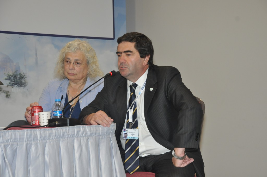 Internet Society's Raúl Echeberría and the first Chair of the IGFSA in discussion at The IGFSA Constituent General Assembly September 1 2014 Istanbul, Turkey